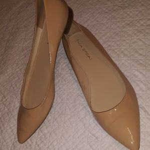 Patent Leather nude pointy toe flats
